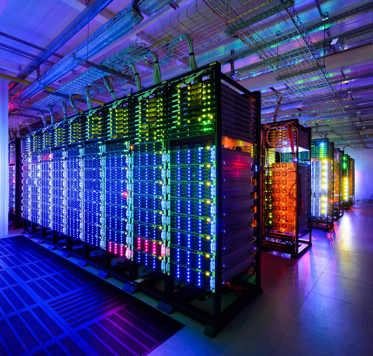 Dedicated Cloud Servers Accelerate Speed of the Website